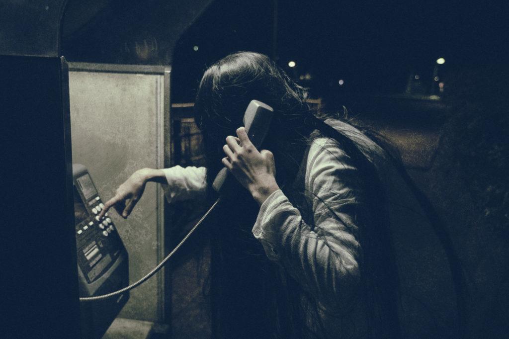 深夜の電話